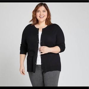 Button-Front Cardigan Black size 18/20
